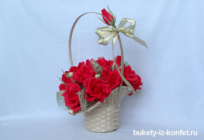 buket-iz-krasnyh-roz-01