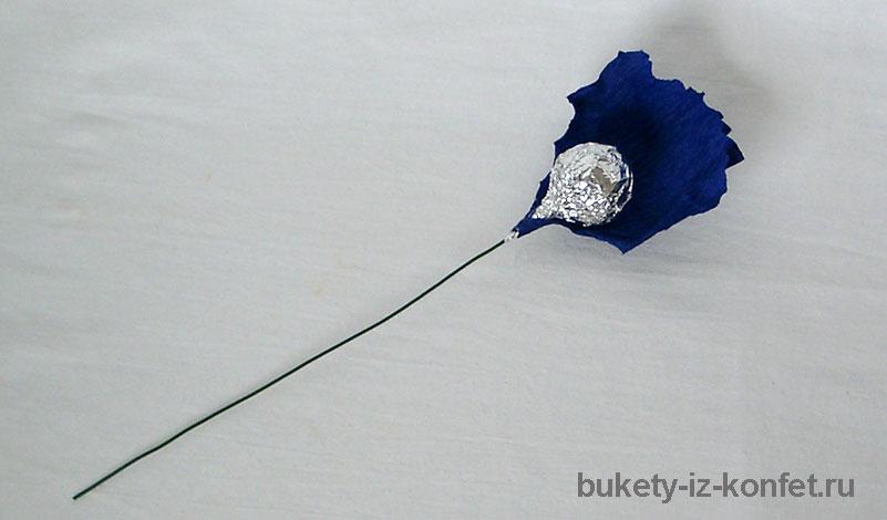 iris-iz-bumagi-i-konfet-16