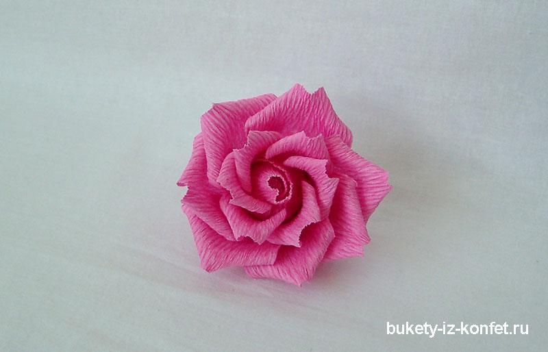 roza-iz-gofrirovannoj-bumagi-27