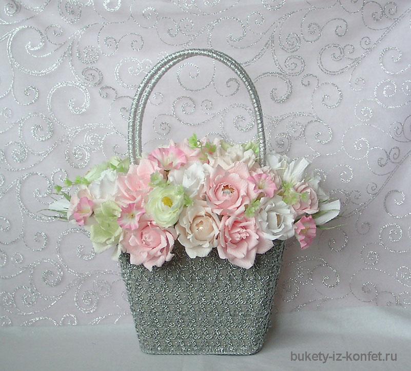 roza-iz-gofrirovannoj-bumagi-svoimi-rukami-07