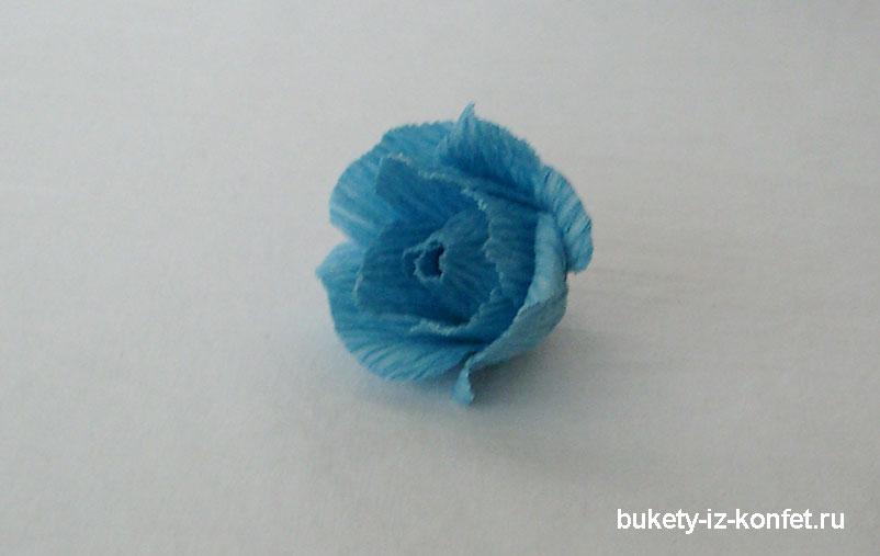 roza-iz-konfet-18