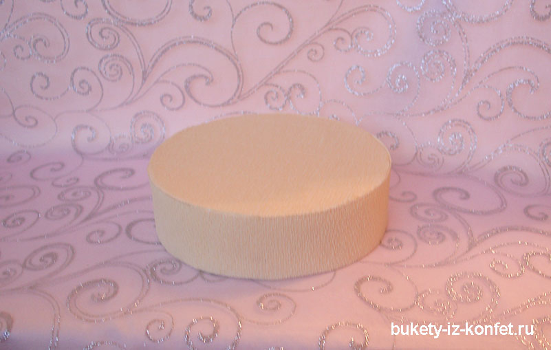 svadebnyj-tort-iz-konfet-14