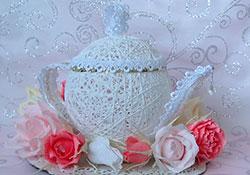 Букет из конфет чайник фото