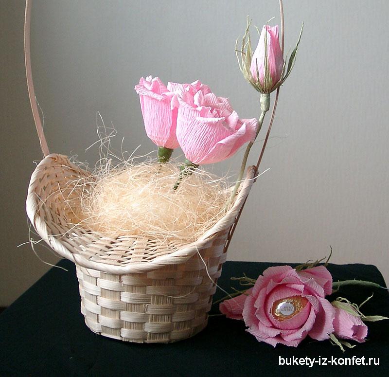 buket-iz-konfet-rozy-05