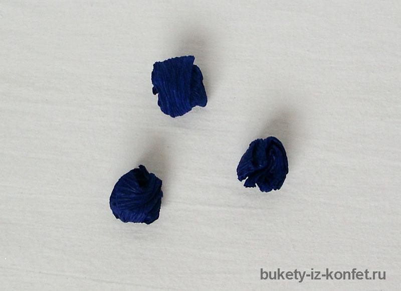 iris-iz-bumagi-i-konfet-07