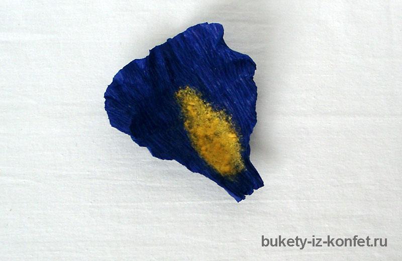 iris-iz-bumagi-i-konfet-12