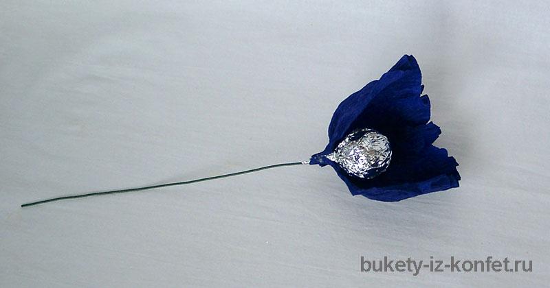 iris-iz-bumagi-i-konfet-17