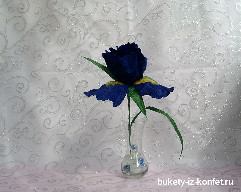 iris-iz-bumagi-i-konfet-25