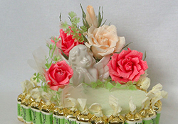 Торт - сердечко из конфет